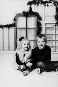 00005-©ADHPhotography2019--dickes--ChristmasMini--November5--bw
