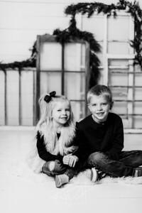 00006-©ADHPhotography2019--dickes--ChristmasMini--November5--bw