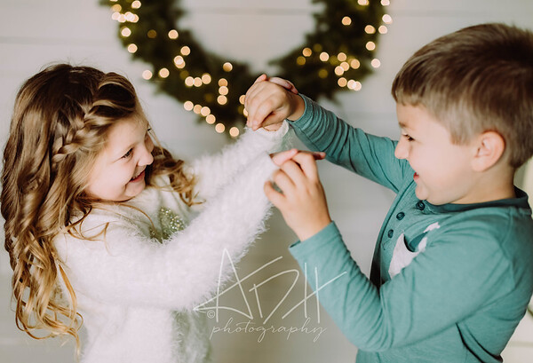 00059-©ADHPhotography2019--Hamilton--ChristmasMini--November5