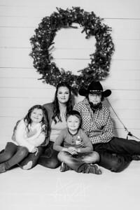 00014-©ADHPhotography2019--Hamilton--ChristmasMini--November5--bw