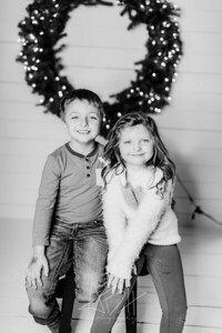 00046-©ADHPhotography2019--Hamilton--ChristmasMini--November5--bw