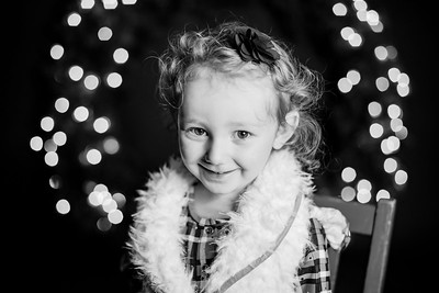 00018-©ADHPhotography2019--StellaMcConnell--ChristmasMini--November14