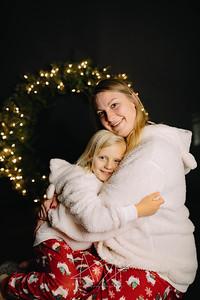 00014-©ADHPhotography2019--CrystalWest--ChristmasMini--November12