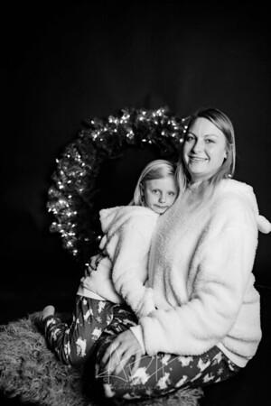 00001-©ADHPhotography2019--CrystalWest--ChristmasMini--November12--bw