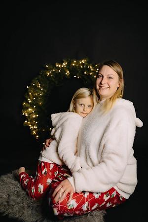 00002-©ADHPhotography2019--CrystalWest--ChristmasMini--November12