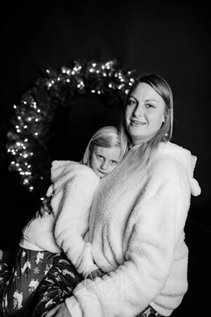 00006-©ADHPhotography2019--CrystalWest--ChristmasMini--November12--bw