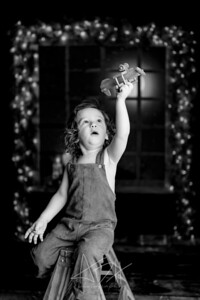00088©ADHPhotography2020--Bburns--ChristmasMini--November16bw