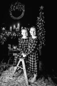 00029©ADHPhotography2020--DouglasStorrs--NightBeforeChristmasMini--November21bw