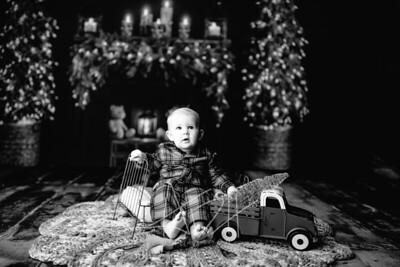 00009©ADHPhotography2020--DouglasStorrs--NightBeforeChristmasMini--November21bw