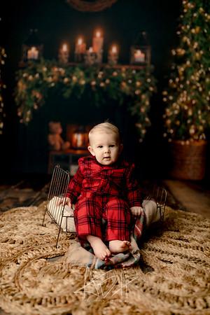 00005©ADHPhotography2020--DouglasStorrs--NightBeforeChristmasMini--November21