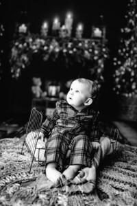 00008©ADHPhotography2020--DouglasStorrs--NightBeforeChristmasMini--November21bw