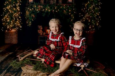 00011©ADHPhotography2020--Esch--ChristmasMini--October20