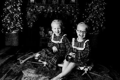 00011©ADHPhotography2020--Esch--ChristmasMini--October20bw