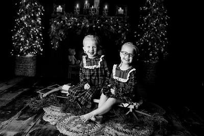 00012©ADHPhotography2020--Esch--ChristmasMini--October20bw
