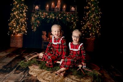 00002©ADHPhotography2020--Esch--ChristmasMini--October20