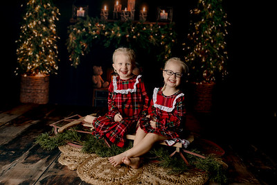 00012©ADHPhotography2020--Esch--ChristmasMini--October20