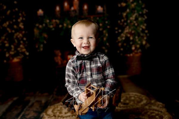 00023©ADHPhotography2020--MACFEE--CHRISTMASMINI--DECEMBER21