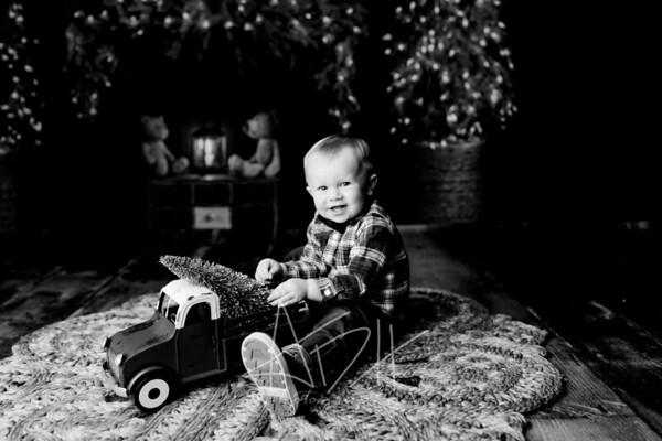 00057©ADHPhotography2020--MACFEE--CHRISTMASMINI--DECEMBER21bw