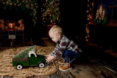 00063©ADHPhotography2020--MACFEE--CHRISTMASMINI--DECEMBER21
