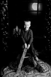 00007©ADHPhotography2020--Martin--ChristmasMini--October29bw