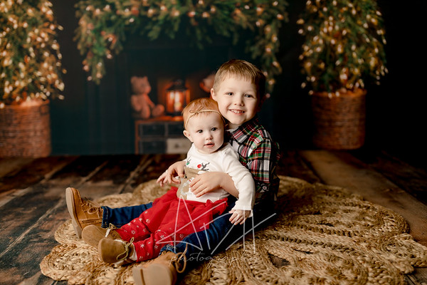 00023©ADHPhotography2020--Sharp--ChristmasMini--November19