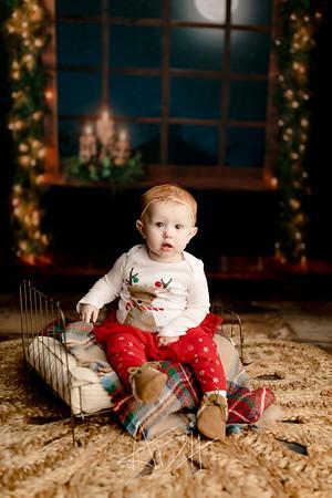 00039©ADHPhotography2020--Sharp--ChristmasMini--November19