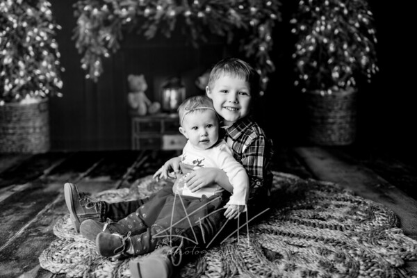 00023©ADHPhotography2020--Sharp--ChristmasMini--November19bw