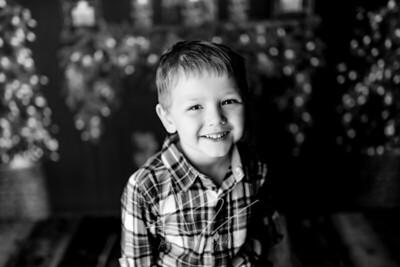00005©ADHPhotography2020--Sharp--ChristmasMini--November19bw