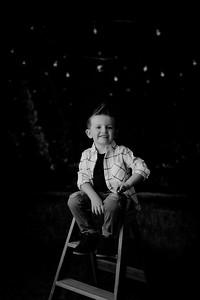 00012--©ADHPhotography2021--EverettGass--ChristmasMini--October2ndBW