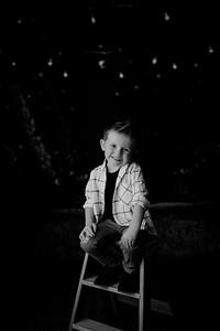 00002--©ADHPhotography2021--EverettGass--ChristmasMini--October2ndBW