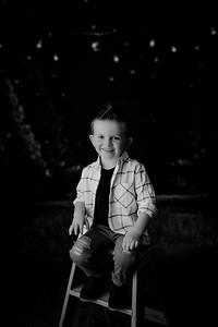 00009--©ADHPhotography2021--EverettGass--ChristmasMini--October2ndBW