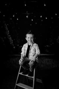 00005--©ADHPhotography2021--EverettGass--ChristmasMini--October2ndBW