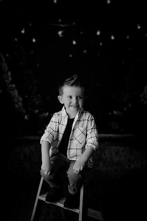 00007--©ADHPhotography2021--EverettGass--ChristmasMini--October2ndBW
