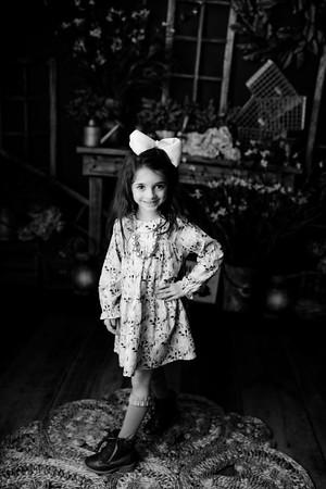 00060©ADHphotography2021--AddisonWynne--MidnightCottontail--March12bw