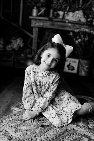 00008©ADHphotography2021--AddisonWynne--MidnightCottontail--March12bw