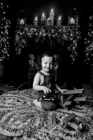 00002©ADHPhotography2020--Bburns--ChristmasMini--November16bw
