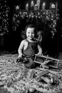00008©ADHPhotography2020--Bburns--ChristmasMini--November16bw