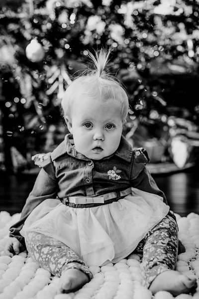 00330--©ADHphotography2018--ClaflinDaycare--ChristmasMini--December7