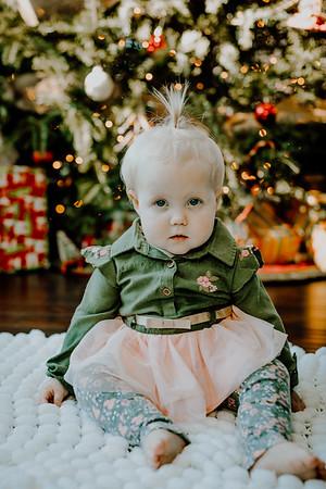 00333--©ADHphotography2018--ClaflinDaycare--ChristmasMini--December7