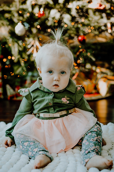 00329--©ADHphotography2018--ClaflinDaycare--ChristmasMini--December7