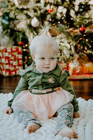 00337--©ADHphotography2018--ClaflinDaycare--ChristmasMini--December7