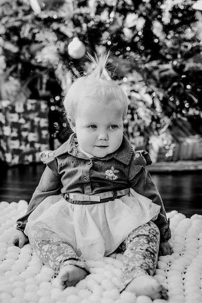 00338--©ADHphotography2018--ClaflinDaycare--ChristmasMini--December7