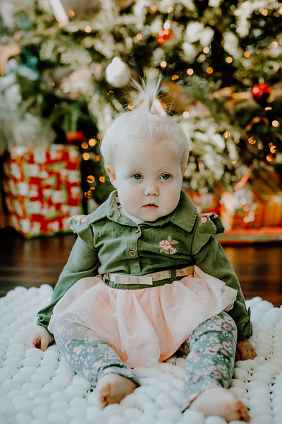 00339--©ADHphotography2018--ClaflinDaycare--ChristmasMini--December7
