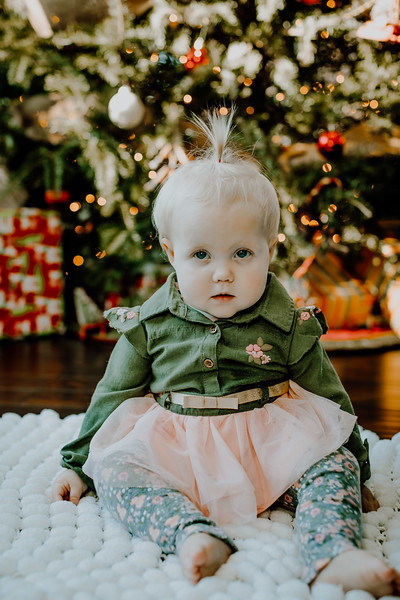 00331--©ADHphotography2018--ClaflinDaycare--ChristmasMini--December7