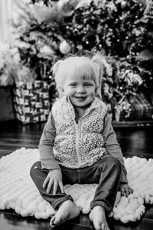 00128--©ADHphotography2018--ClaflinDaycare--ChristmasMini--December7