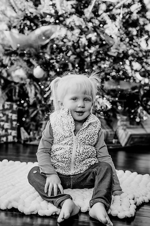 00142--©ADHphotography2018--ClaflinDaycare--ChristmasMini--December7