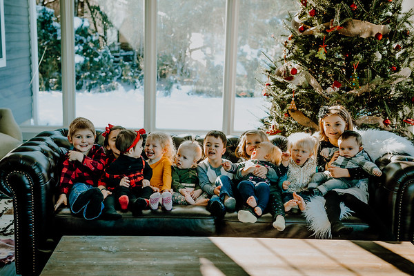00843--©ADHphotography2018--ClaflinDaycare--ChristmasMini--December7
