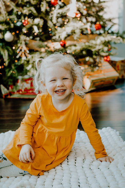 00381--©ADHphotography2018--ClaflinDaycare--ChristmasMini--December7