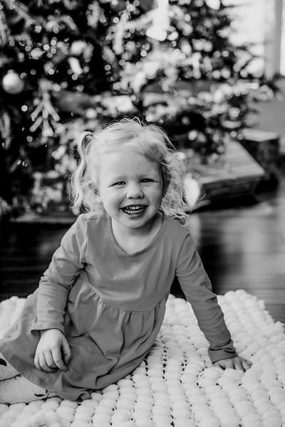 00384--©ADHphotography2018--ClaflinDaycare--ChristmasMini--December7