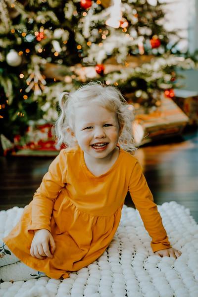 00385--©ADHphotography2018--ClaflinDaycare--ChristmasMini--December7
